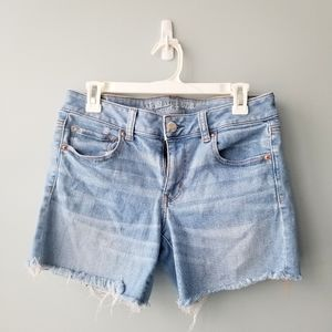 American Eagle Outfitters Jean shorts distressed